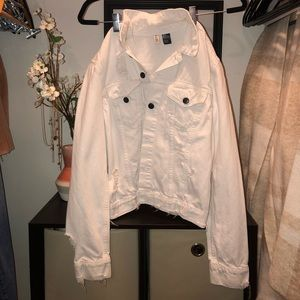 Tattered Design White Jean Jacket